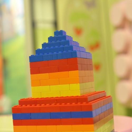 レゴで国会議事堂モチーフとして作成