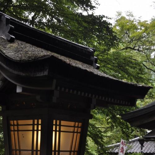 貴船神社の明かり