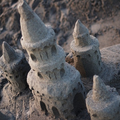 砂のお城アップ