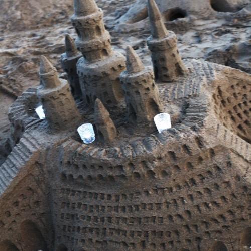 砂のお城ライトアップ前