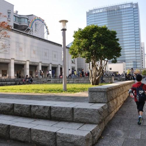 横浜トリエンナーレ 横浜美術館