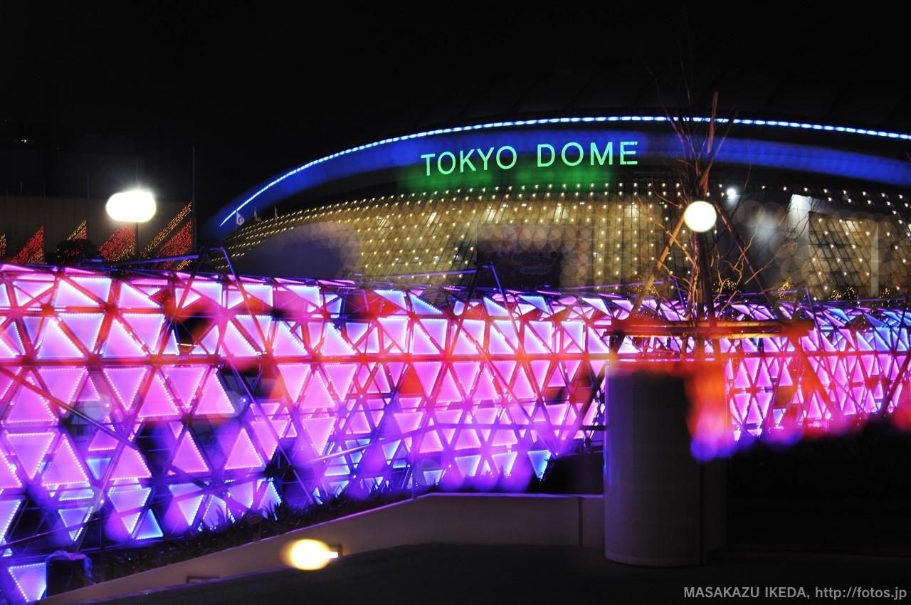 東京ドームシティのウインターイルミネーション2015 光のトンネルTOKYO DOME