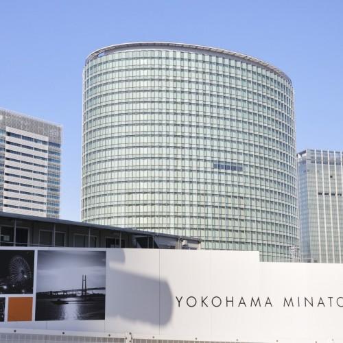 新高島駅からパシフィコ横浜への途中の風景