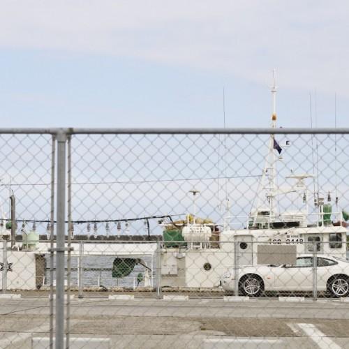 那珂湊おさかな市場から海に向かっての景色・駐車場