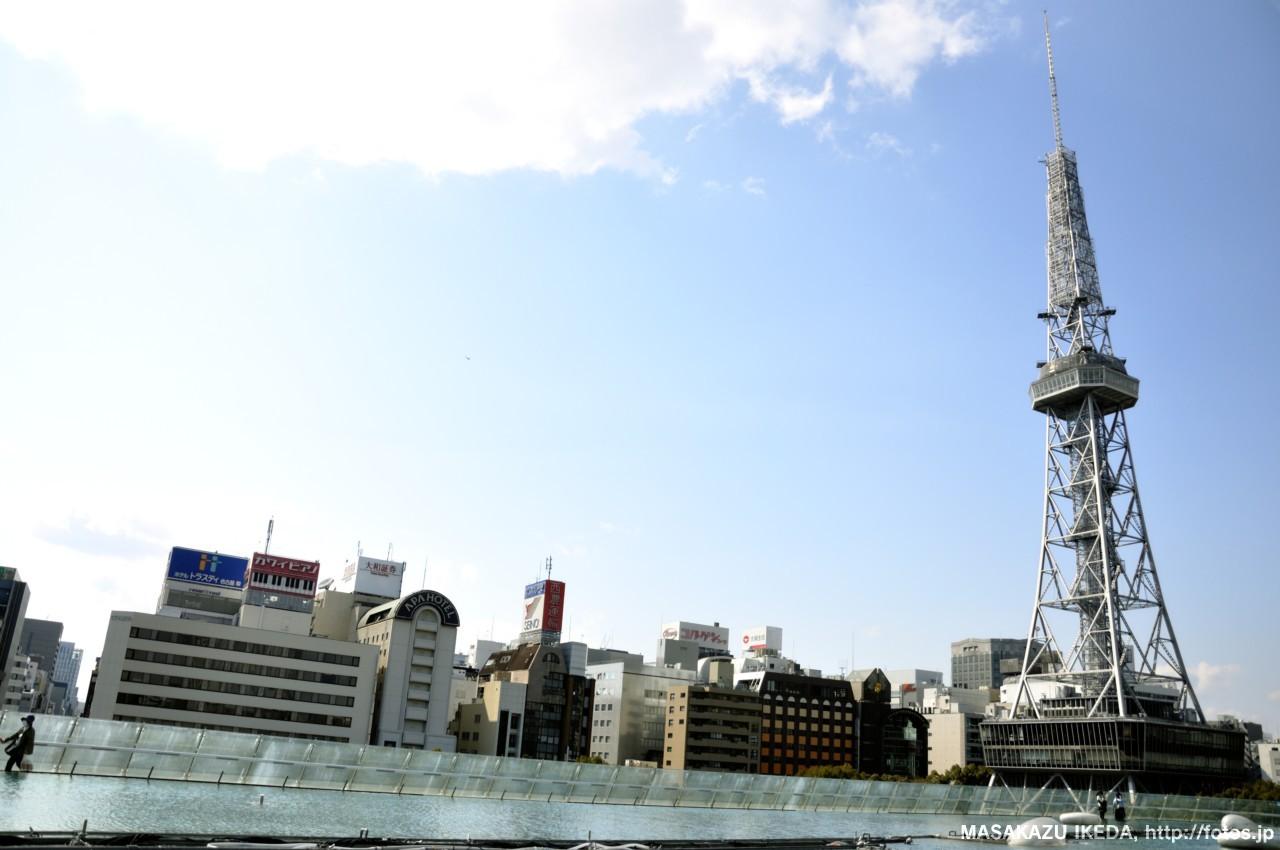 オアシス21から眺めた名古屋のテレビ塔