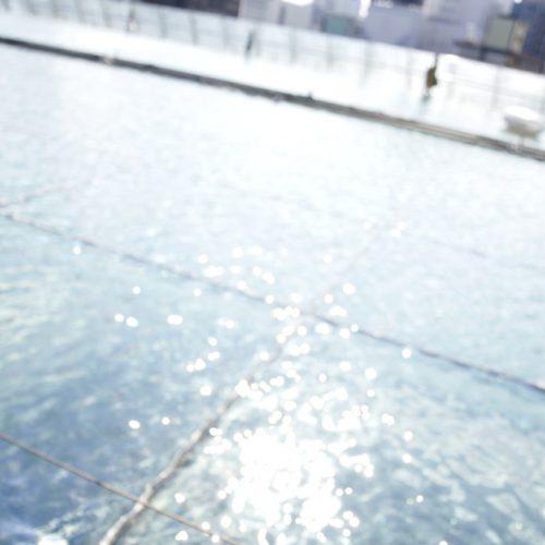 オアシス21の水面